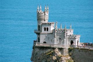 Обзорная экскурсия Южный берег Крыма, фотография Ласточкино гнездо на юбк